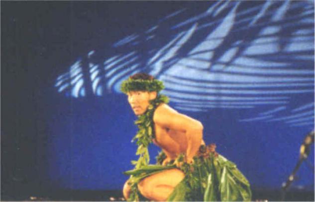 素平とワヒネマイカイ フラスタジオのイメージ